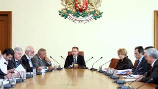 Синдикатите при Станишев с искане за 20% увеличение на заплатите