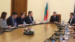 Янев иска общините да работят, Даниел Панов настоя да санират