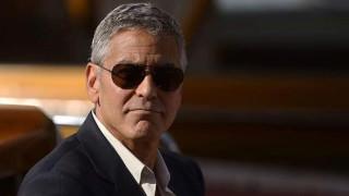 Джордж Клуни е раздавал милиони на приятели