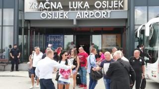 Ганчев с ЦСКА в Осиек, говори с Петрович през целия полет
