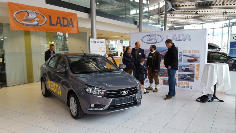 Къде се продават и колко струват автомобилите Lada извън Русия?