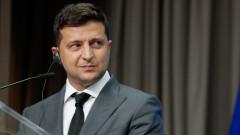 Зеленски пита Байдън защо Украйна все още не е в НАТО