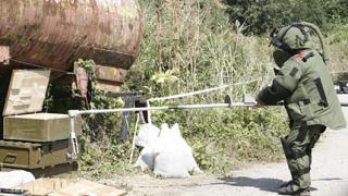 Сапьор пострада при рутинни взривове край Челопечене