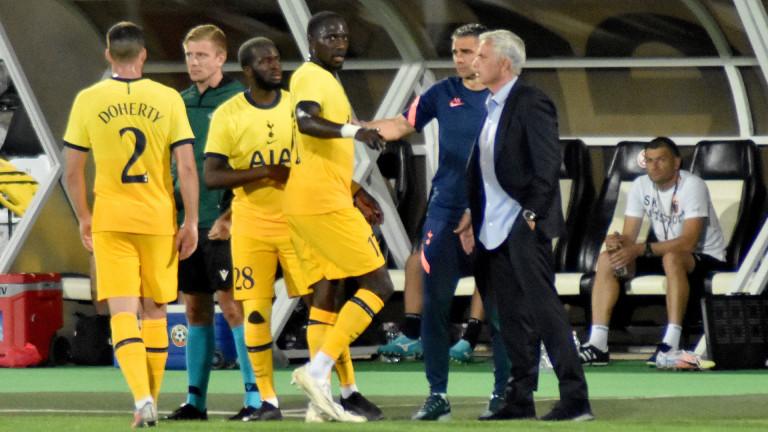 Халфът на Тотнъм Танги Ндомбеле ще остане в отбора и