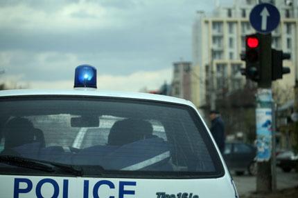 Общинари и полиция запечатаха пазар в Асеновград
