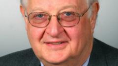 """Британски преподавател в """"Принстън"""" печели Нобела за икономика за 2015 г."""