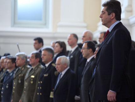 Плевнелиев да запази доверието в президентството, пожела Първанов
