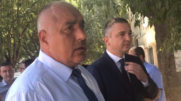 Борисов обсъжда отбранителната индустрия с президента Макрон