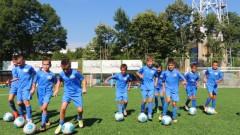Тренировъчните занимания в Левски на допълнителните групи за деца се прекратяват