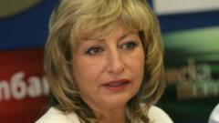 Това е пълна порнография, скочиха социолози срещу Мира Радева