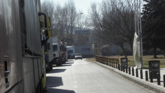 Напрежението расте, гръцката държава трябва да отпуши границата, отсече Митов
