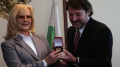 """Силви Вартан с медал """"Златен век"""""""
