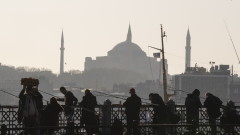 Председателят на турския парламент не вярва в силата на американските санкции