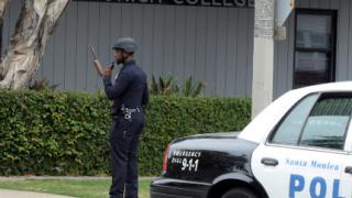 Петима убити при стрелба в Санта Моника
