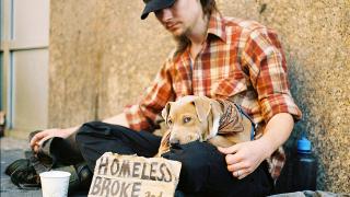 В Страната на неограничените възможности над половин милион са бездомни