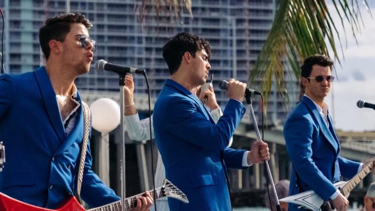 Снимка: Jonas Brothers прекъсват 10-годишната суша