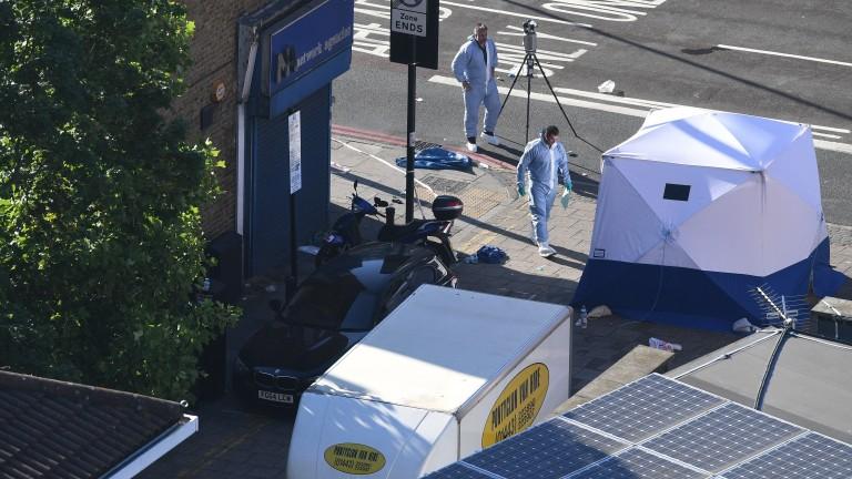 47-годишният Дарън Озбърн е нападателят от Лондон