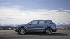 Новото Porsche Cayenne заряза бутоните