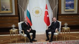 Ердоган увери Борисов: Турция няма право да злепоставя и притиска България за мигрантите