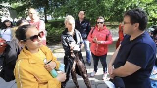 Родители на протест заради повторното отваряне на системата за детските градини в София