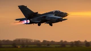 Британски изтребители бомбардираха Сирия