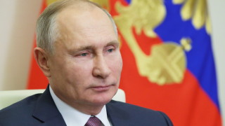 Путин подписа закона за санкции за цензура срещу руските медии