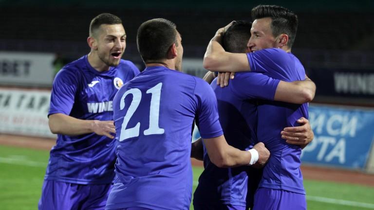 Етър не получи лиценз от Българския футболен съюз за участие
