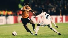 Бранител на Нюкасъл: По-лесно се играе срещу Роналдо, отколкото срещу Адама Траоре