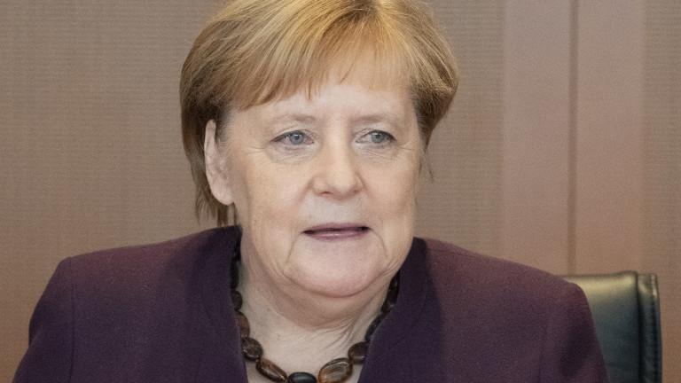 Канцлерът на Германия Ангела Меркел призова Европа да поеме контрол