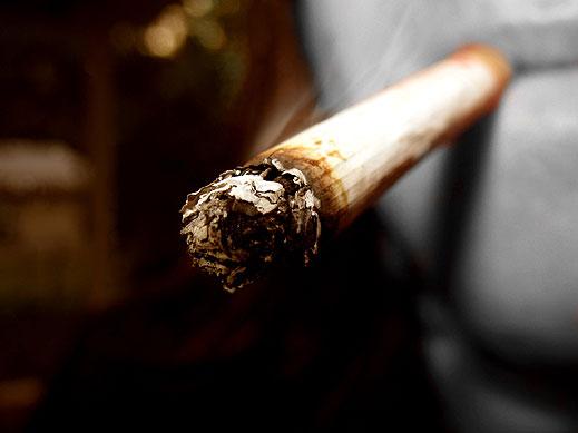 Запалена цигара взриви автомобил