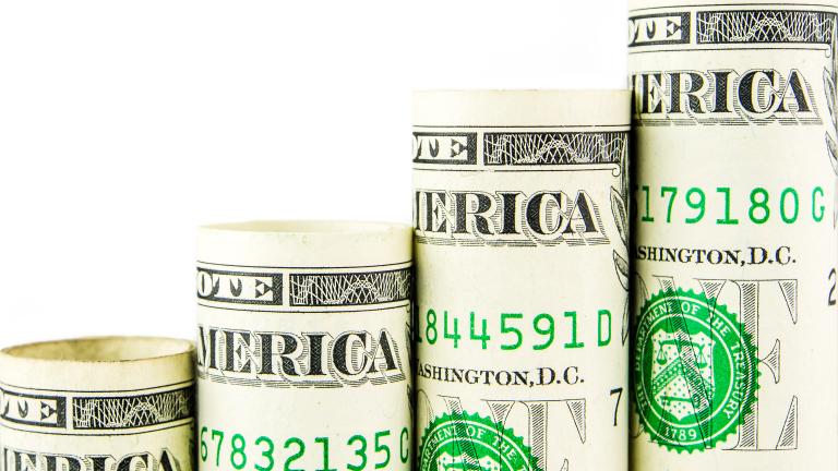 Кой американски президент допринесе най-много за исторически високия държавен дълг?