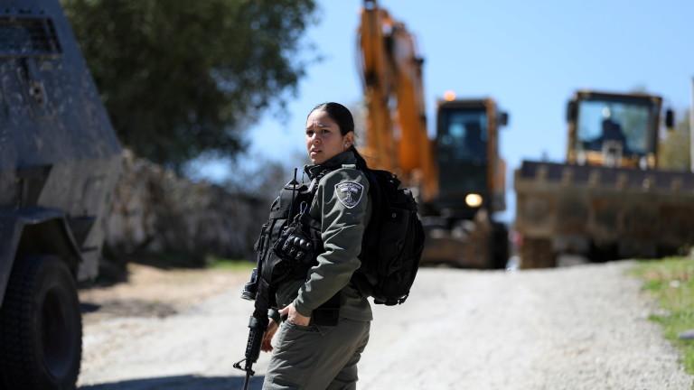 Израел разполага армията по улиците на страната в помощ на