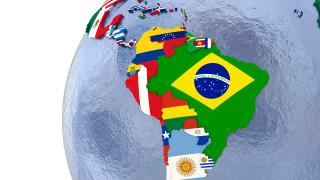 И държави от Северна, Централна и Южна Америка наложиха ограничения при пътуване