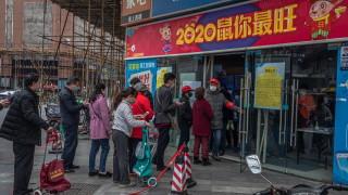 """Китай се насочи към """"мълчаливите"""" преносители на коронавирус"""