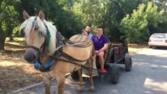Иван и Андрей подкараха каруца