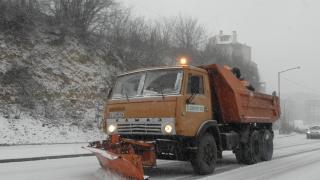 Глобяват снегопочистващата фирма в Девин