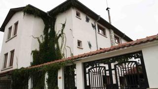 Нападнаха къщата на Христолов в Крумово