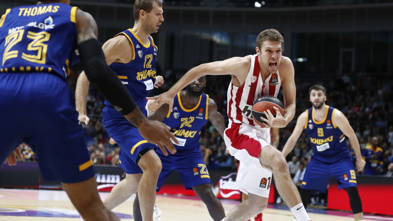 Гръцкият тим Олимпиакос допусна първа загуба за сезона в Евролигата
