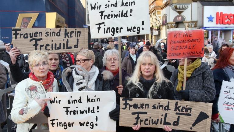 """Кьолн"" - началото на края на Меркел?"