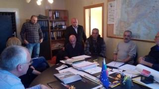 Протестиращите миньори преговарят с концесионера