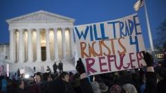 Близо 40 републиканци се обявиха против имигрантската политика на Тръмп