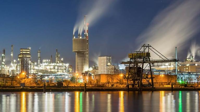Германският химически гигант BASF ще изгради нова производствена мощност в