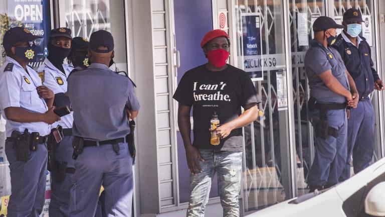 Чужденците живеят в постоянен страх в Южна Африка