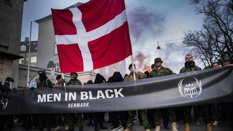 Дания се сблъсква с нарастващи критики заради решението си от