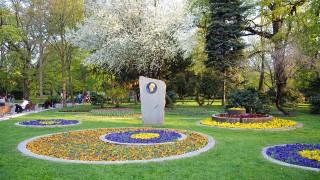 И Фандъкова не хареса някои строежи в Борисовата градина