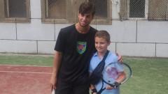 Адриан Андреев с ранно отпадане в Барселона