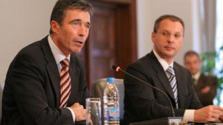 Станишев се срещна с Тадич и Расмусен