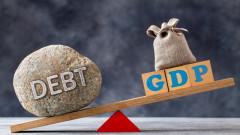 Световният дълг достига почти три пъти икономиката на Земята