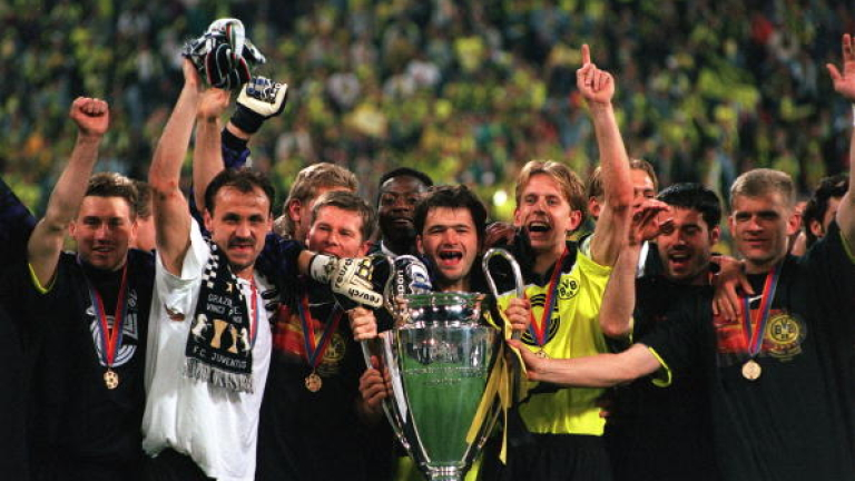 Сезон 1996/97: Бойците на Хитцфелд, които възродиха германския футбол