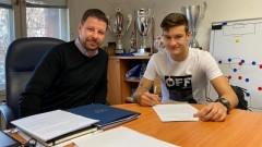 Патрик-Габриел Галчев подписа дългосрочен договор с Левски